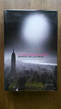 Sergio De La Pava – A Naked Singularity (1st/1st UK 2013 hb with dw) SIGNED Ltd