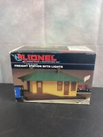 Lionel Trains Freight Station With Lights 6-1282 0-027 Gauge NIB