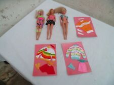Vintage Barbie trois tenue vêtements coca-cola et trois poupées Barbie Mattel 66