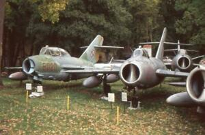 35mm Aircraft Slide Polish MiG-15UTI '8020' & MiG-17F '1721' Drzonow 2004