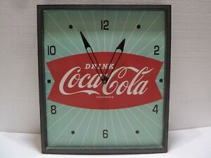Vintage Style Green Sunbeam Red Fishtail Drink Coca-Cola Pam Wall Clock Nice!