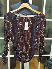 LADIES TOP. GUESS. BNWT. SIZE SMALL