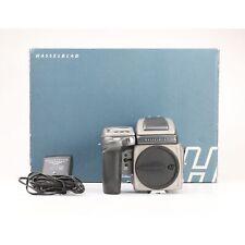 Hasselblad H4D Body + Prismensucher + 52 Tsd. Auslösungen + Sehr Gut (227769)