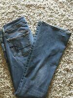 "Womens American Eagle super stretch kick boot jeans 6 regular 31.5"" inseam"