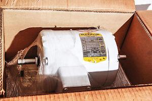 Baldor Washdown Motor  TENV 1/2 hp 35M456-1802G1  1725 RPM  230/460  Dual Shaft