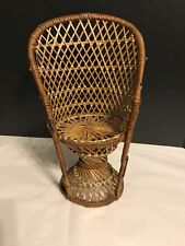 """EXCELLENT Petite Doll 13"""" RETRO Peacock FAN BACK WICKER CHAIR Doll Bear Display"""