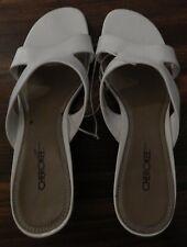 Cherokee Women's White Leather Slipper Size 8 1/2 M