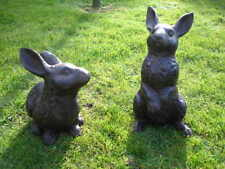 couple de grand lapin en fonte pat , rongeur , lièvre , déco jardin ..