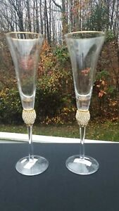Set of 2- Champagne Flutes Toasting Glasses With Gold Elegant Glassware