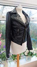 TOPSHOP noir en cuir véritable rivets veste de motard taille 8 en très bon état