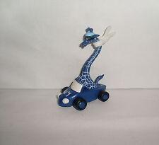 05 Werbefigur Blaue Giraffe im Rennauto Nr. 1 Dura Merck Schleich PVC 10 cm