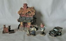 """Boyds Bears Resin """"Ted E. Bear Shop"""" Bearly-Built Villages + Accessories"""