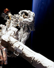 STORY MUSGRAVE ON ENDEAVOUR ROBOTIC ARM NASA 8x10 SILVER HALIDE PHOTO PRINT