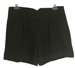 Jennifer Lopez Black Dress Shorts Cuffed Rayon Size 4  Hip Pockets Belt Loops