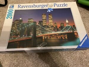 Ravensburger New York City: Brooklyn Bridge and Manhattan 2000 Piece Puzzle