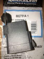 Genuino Mercury Mariner Adorno de alimentación de motor fuera de borda e inclinación Relé Solenoide 882751A1