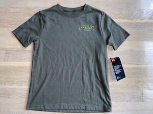 Boys green under armour fish tshirt size small nwt
