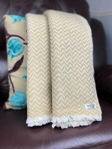 Pure Cashmere Blankets/throws, Handmade in NEPAL - camel mini herringbone