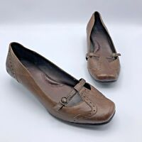 Born W6428 Women Brown Leather Low Heel Shoe Size 8 EUR 39 Pre Owned