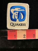 Vintage QUAKER Advertising Patch ~ Foods Like Oatmeal And Granola Bars  63Z7
