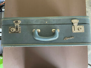 """Vintage Blue 20"""" Monarch Small Carry-On Blue Suitcase Luggage W/ Key"""