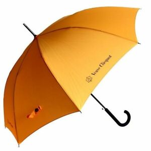 VEUVE CLICQUOT CHAMPAGNE AUTOMATIC UMBRELLA WITH SLEEVE BRAND NEW
