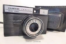 SMENA Cosmic Symbol 35 mm soviétique Viseur Caméra avec étui-film testé