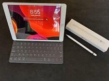 Apple iPad 7th Gen. 128GB, Wi-Fi; Includes Apple Smart Keyboard & Apple Pencil