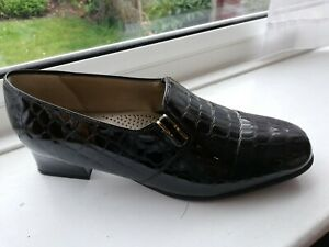 Van Dal Edith ladies black patent leather slip on loafer style shoes Size 5E UK
