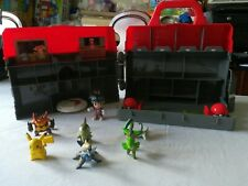 Tomy 2013 Pokemon Carry Case Play Center with Figures