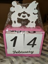 New Disney Mickey and Minnie Mouse Wood Block Calendar Pink Wood Block Calendar
