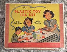 IDEAL PLASTIC TOY TEA SET   C. 1950  BOXED  VINTAGE  EARLY PLASTIC SET