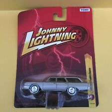 Johnny Lightning 1960 Ford Country Squire - Grey 1:64