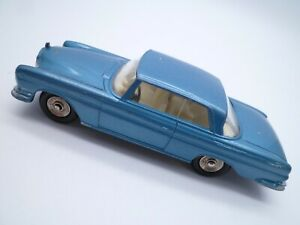 VINTAGE FRENCH DINKY TOYS 533 MERCEDES BENZ 300 SE COUPE CLEAN EXAMPLE 1963-70