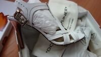 DONALD J PLINER WHITE LEATHER WOMEN'S SHOES sz. 8 M MADE IN SPAIN