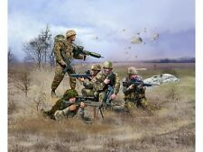 02521 Revell 1:72 - German Paratroops (modern) First Class Postage