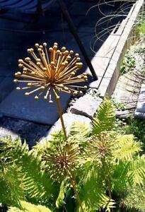 """Edelrost Blume """"Allium"""" Gartenstecker"""