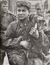 WWII Photo German MG34 in Action, Classic Photo WW2 World War Two Germany MG42
