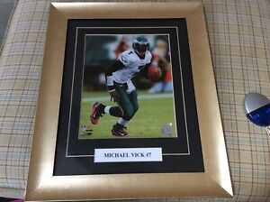 17by14  Michael Vick matted Picture and Frame  NFL seals