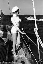 HELMUT NEWTON EROTIC Winnie largo della costa di Cannes Photo BUY 2, GET 1 FREE