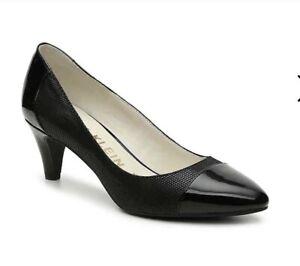 Women Anne Klein Rheina 2 Pump Kitten Heel Closed Toe Shoe Black