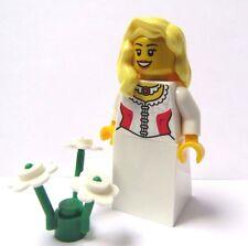 Lego Female Girl  Minifigure Princess Bride Maid  Blonde Wavy Hair Wedding  Red