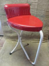 Vintage Metal Heart Shaped Chair > Antique Old Stool RARE FIND Table 9470