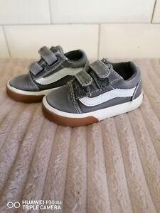 toddler baby vans skate shoe grey and white uk4.5 strap up