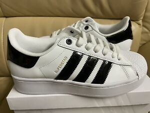 Adidas Originals Superstar Bold Women's Size 6 Shoes White/Black/Gold FV3336