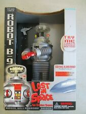 LOST IN SPACE THE CLASSIC SERIES ELECTRONIC ROBOT B-9 1997 TRENDMASTERS
