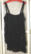 e. Women's Plus Size Beaded Black Camisole Valentine's Day Arrow-Pierced Hearts