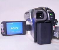 SONY Silver DCR-DVD92E Handycam 20x Zoom Touchscreen LCD Camcorder TH351721