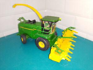 0509215 Véhicule miniature Siku 1/32 tracteur john deere 7500 ensileuse 4056