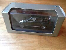 VW Touareg Mk1 - 1/43 scale - Minichamps